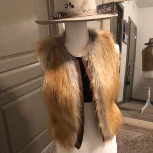 Sanctuary fur vest size xsmall